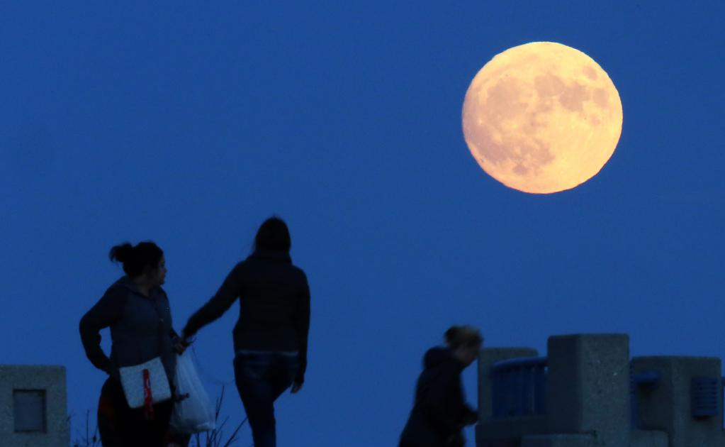 supermoon_wisconsin_37747268