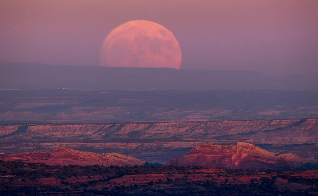 usa_supermoon_37758380